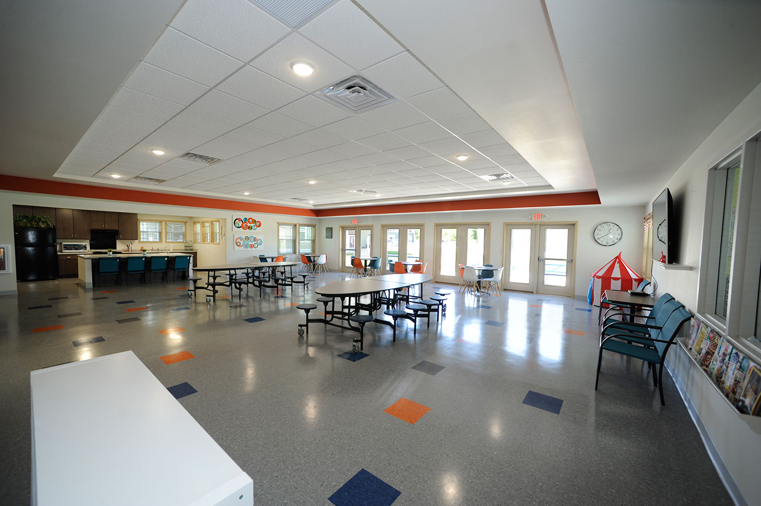 Cumberland Apartments Design Build Cafeteria